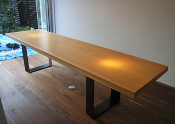 moku_table_12.jpg